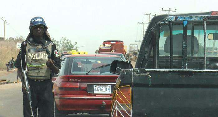 Conduct At Police Checkpoints in Nigeria | e-nigeriang.com
