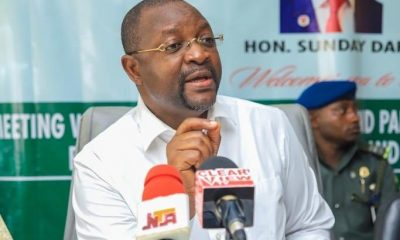 Sunday Dare, Sports Minister | e-nigeriang.com